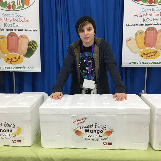 Alexandra from Fressy Bessie - All natural family meals and ice lollies Toronto, www.fressybessie.com
